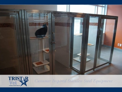TriStar Vet cat condo photo: This clever design uses stainless steel and glass kennel doors