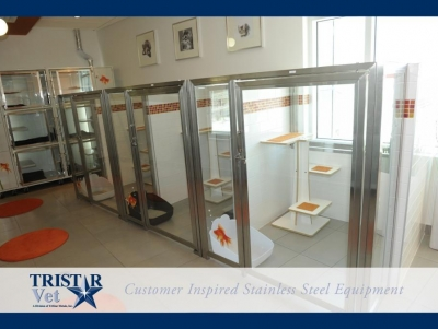 TriStar Vet cat condo photo: This cheery design is also very efficient and clean in stainless steel and glass