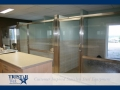 TriStar Vet kennel photo: This open veterinary treatment area includes rain glass for privacy