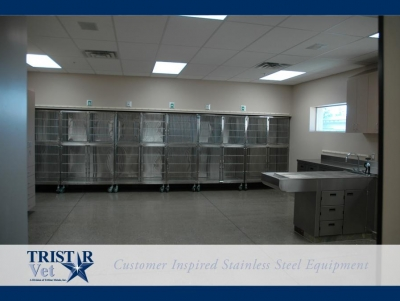 TriStar Vet treatment equipment photo: Stainless steel cages, sinks and tables for highly sanitary Parvo work