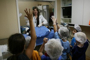photo courtesy of Lakeshore Animal Clinic, Lake Dallas, TX - children enjoying surgery on a stuffed bear